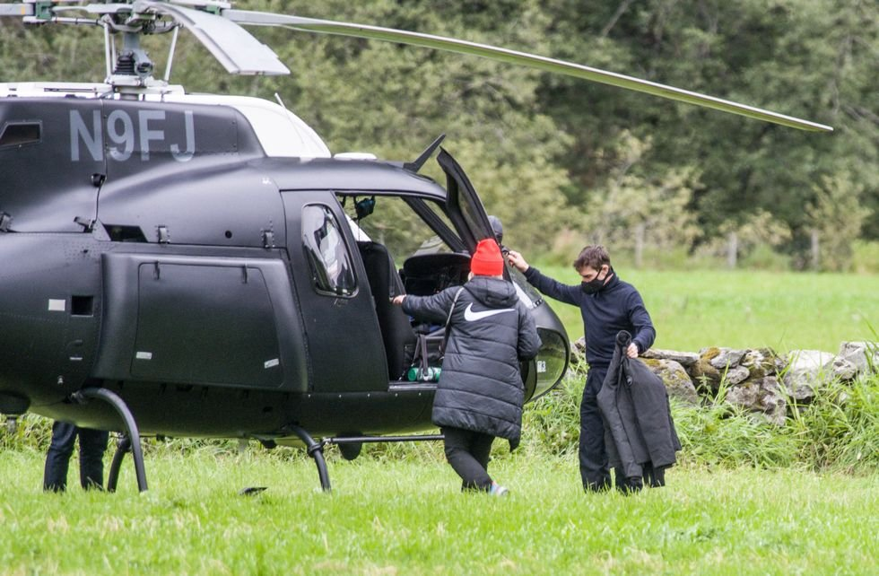 Tom Cruise_heli